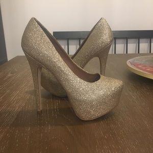 Steve Madden Gold Glitter Heels Size 7